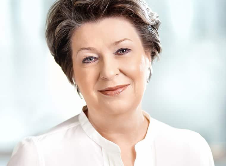Dr. Irena Eris